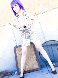 Фетиш модель Ларкин демонстрирует большие сиськи и смачную пирсинговую манду - фото